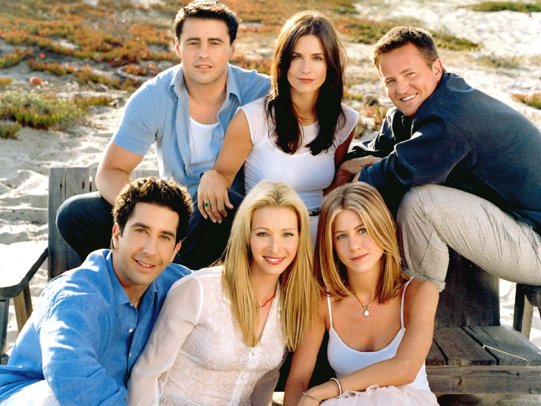 Lisa Kudrow: She Explains The Lack Of Diversity In Friends
